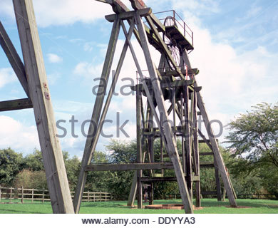 Timber pit head gear at Brinsley Colliery, near Eastwood.  Artist: Dorothy Burrows - Stock Photo