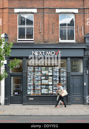 Next Move estate agent in Islington, London, UK. - Stock Photo