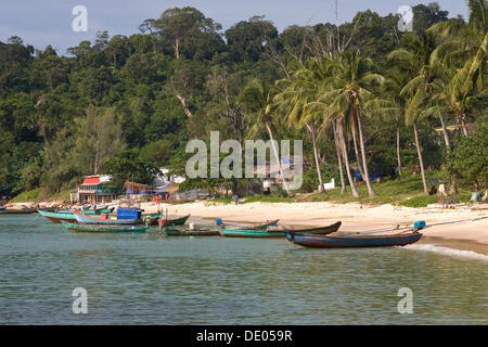 Small fishing boats in the Mango Bay, Phu Quoc Island, Vietnam, Southeast Asia - Stock Photo