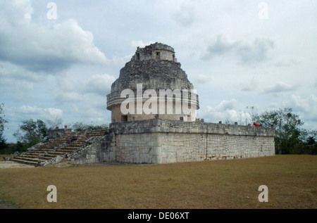 The 'Observatory' or 'El Caracol' (the snail), Chichen Itza, Yucatan, Mexico, Maya, 900-1200. Artist: Werner Forman - Stock Photo