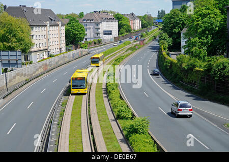 Motorway A40, B1, 'Ruhrschnellweg', Ruhr fast road, bus lanes on the central reservation, Essen, Ruhr Area - Stock Photo