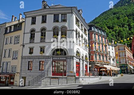 Visitor centre, Cauterets, Midi-Pyrénées region, Pyrenees, national park, Hautes-Pyrenees department, France, Europe - Stock Photo
