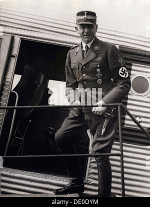 Viktor Lutze,commander of the SA,Berlin Airport,Germany,1934.Founded in c1919,the Sturmabteilung (SA) was the paramilitary - Stock Photo