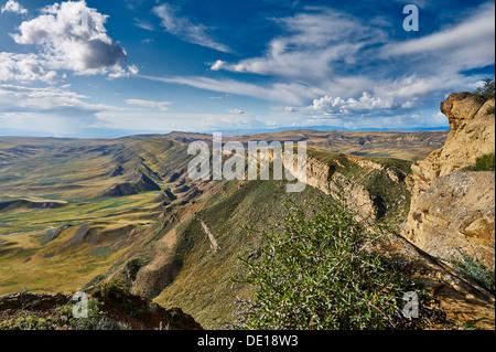 deserted landscape at the Azerbaijan border, David Gareja, Georgia - Stock Photo