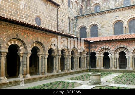 Cloister of cathedral Notre Dame, Le Puy en Velay, departure of Saint Jacques de Compostelle way, Haute Loire, Auvergne, - Stock Photo