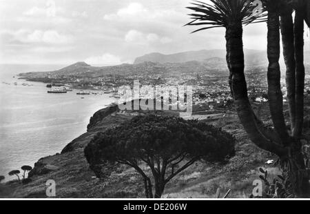 geography / travel, Portugal, isle Madeira, Funchal, view, picture postcard, circa 1930, Additional-Rights-Clearences - Stock Photo