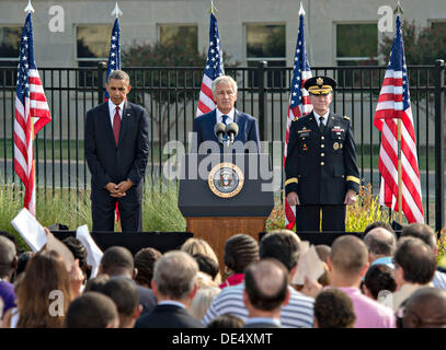 US Defense Secretary Chuck Hagel speaks as President Barrack Obama and Joint Chiefs Chairman General Martin Dempsey - Stock Photo