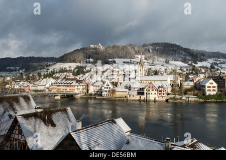 View over the Rhine River towards the historic town centre of Stein am Rhein with Burg Hohenklingen Castle, Stein - Stock Photo