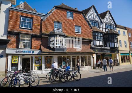 High Street with Old George Mall, Salisbury, Wiltshire, England, UK. - Stock Photo