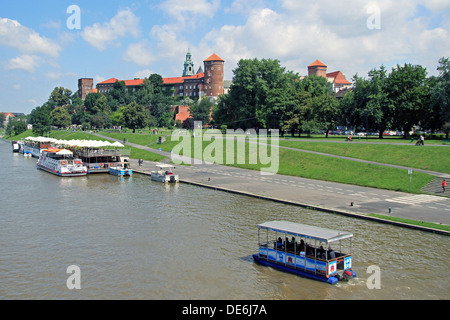 Wawel Castle and the Vistula river in Krakow on a nice sunny day. - Stock Photo