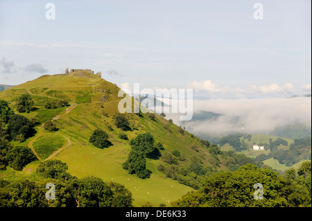 Castell Dinas Bran, Llangollen, Denbighshire, Wales. On an Iron Age site, the stone castle dates from 13 C. Summer - Stock Photo