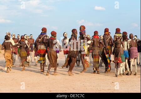 Nyangatom Bumi tribal dance ceremony, Omo river Valley, Ethiopia - Stock Photo