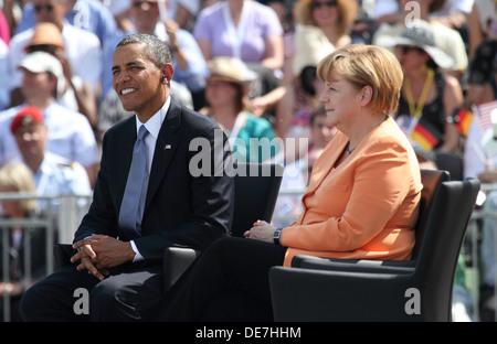 Berlin, Germany, U.S. President Barack Obama and German Chancellor Angela Merkel ( CDU) at the Brandenburg Gate - Stock Photo