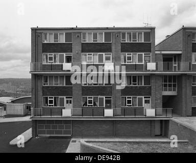 Woodside Maisonettes, Sheffield 13th August 1962. Artist: Michael Walters - Stock Photo