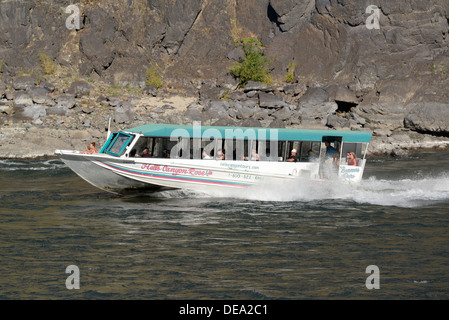 Jet Boat Tour On The Snake River In Hells Canyon On The