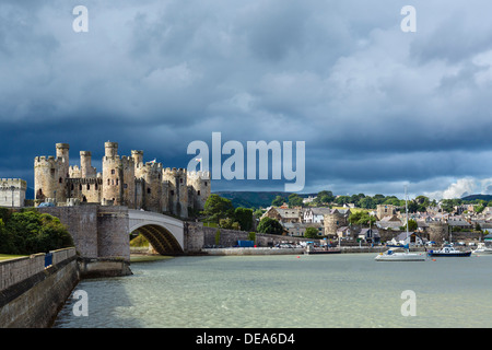 View of Conwy Castle and harbour on the river estuary, Conwy, North Wales, UK - Stock Photo