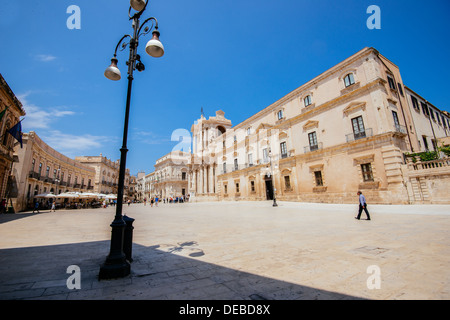 Piazza Duomo at Syracuse in Sicily on sunny day in July. - Stock Photo