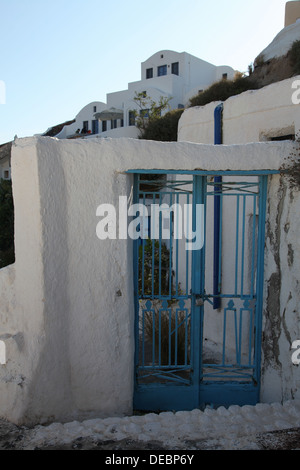 Entrance of a house in Oia on Santorini island (Greece) - Stock Photo