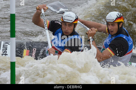 Prague, Czech Republic. 15th Sep, 2013. Germany´s Kai Muller and Kevin Muller compete in the final of the men's - Stock Photo