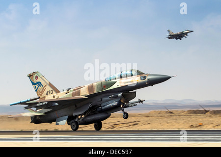 Israeli Air Force (IAF) F-16I Fighter jet at takeoff - Stock Photo