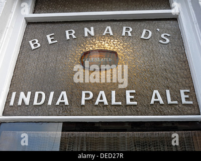 Bernards India Pale Ale sign at the Oxford Bar is a public house situated on Young Street, in the New Town of Edinburgh - Stock Photo