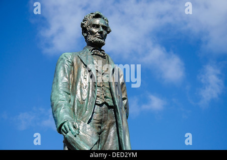 Statue of Abraham Lincoln in Edinburgh part of the memorial to Scottish-American soldiers who fought in the American - Stock Photo