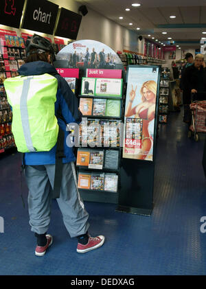 London 17.09.13: the much-anticipated new computer game Grand Theft Auto V went on sale in London this morning. - Stock Photo