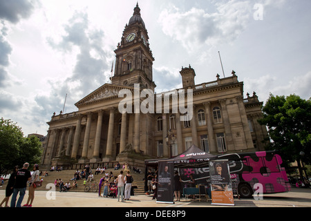 Bolton Town Hall facing Victoria Square in Bolton , Greater Manchester, - Stock Photo