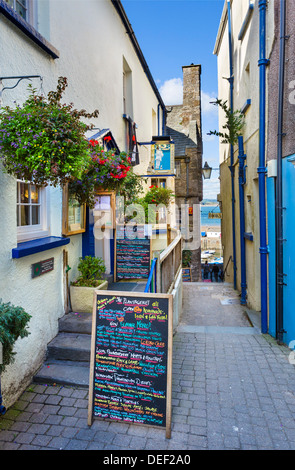 The Plantagenet House restaurant on Quay Hill looking down towards the harbour, Tenby town centre, Pembrokeshire, - Stock Photo