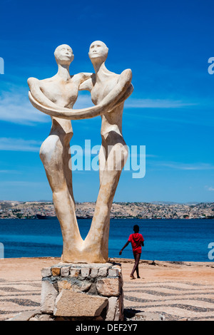 Africa, Angola, Lobito. Sculpture inaugurated in 2000 for the governor of Benguela. - Stock Photo