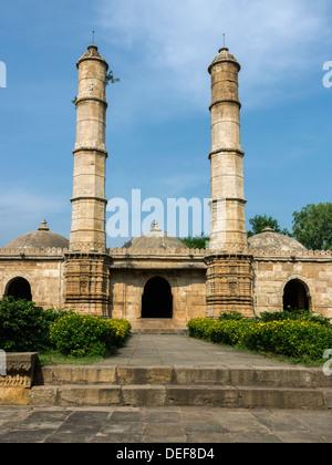 Sahar Ki Masjid mosque, Champaner-Pavagadh Archaeological Park, Champaner, Gujurat,  India - Stock Photo