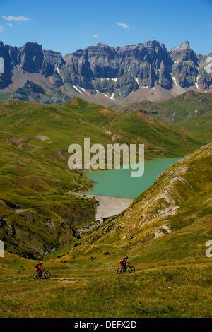 Cycling Punta del Pacino Valle de Tena Pyrenees Huesca Pyrenees Spain - Stock Photo