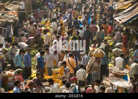 Armenia Ghat market, Kolkata (Calcutta), West Bengal, India, Asia - Stock Photo
