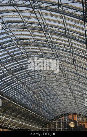 Sunlight shining on the roof of St Pancras Eurostar Station, London - Stock Photo