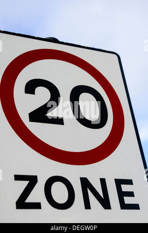 20 mph miles per hour zone speed limit sign - Stock Photo