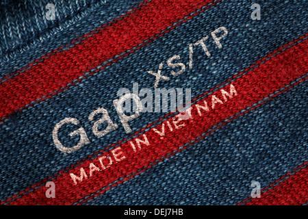 Jumper - Uk Gap Made In The Sold Vietnam Label United