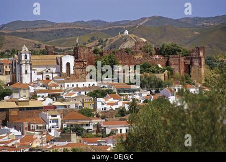 Portugal. Algarve. Silves. Moorish castle. - Stock Photo