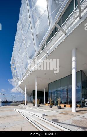 Unilever Building (architect: Behnisch Architekten), Hamburg, Germany. - Stock Photo