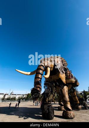 The Great Elephant Les Machines de l'Ile Nantes France - Stock Photo