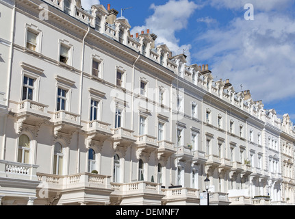 Georgian Stucco front houses in Kensington London - Stock Photo