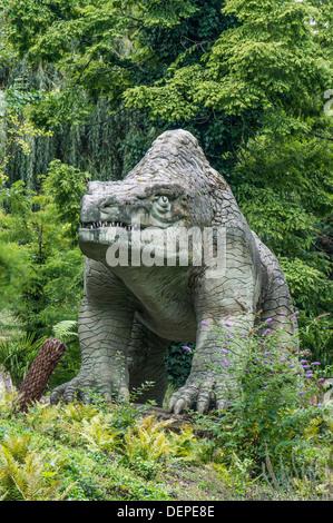 Dinosaur area (world's first sculptures of dinosaurs and extinct mammals), Crystal Palace park, London, England. - Stock Photo