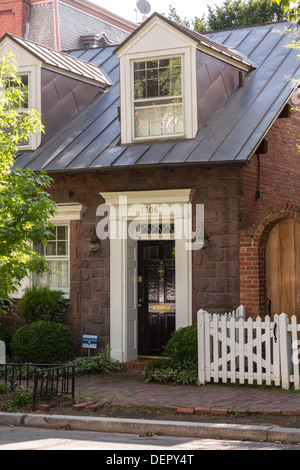 Typical Georgetown house, Washington DC - Stock Photo