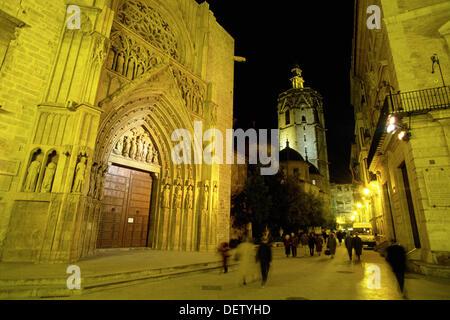 Puerta de los Apóstoles (Door of the Apostles). Cathedral. Valencia. Spain - Stock Photo