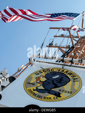 SAN PEDRO, Calif. - The crew of the Coast Guard Cutter Narwhal, homeported in Corona Del Mar, Calif., patrols the - Stock Photo