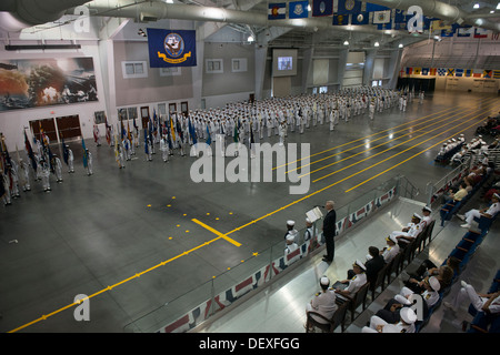 Secretary of the Navy (SECNAV) Ray Mabus delivers remarks during the pass-in-review graduation ceremony at Recruit - Stock Photo