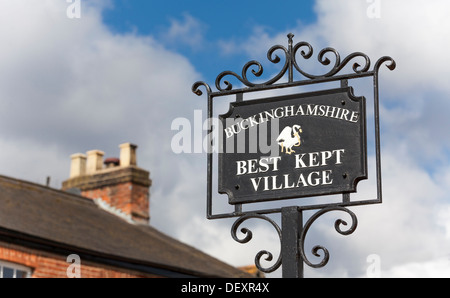 'Best Kept Village' sign in Little Marlow, Buckinghamshire, England, United Kingdom, Europe. - Stock Photo