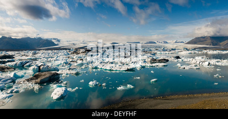 Icebergs on the Jökulsárlón, glacial river lagoon, Jökulsárlón, Höfn, Iceland - Stock Photo
