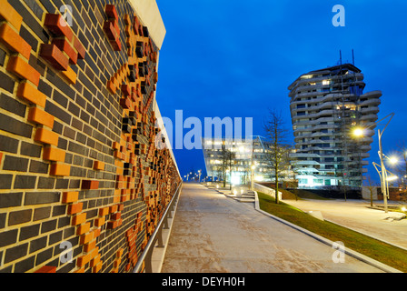 Marco Polo Tower and Unilever Headquarters, Strandkai quay, HafenCity district, Hamburg - Stock Photo
