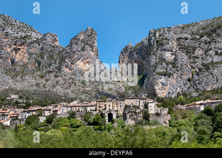 Moustiers Sainte Marie Alpes de Haute Provence France - Stock Photo