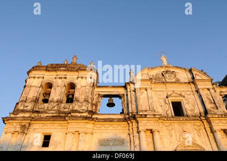 Detail, exterior, Catedral de la Asuncion, 1860, Leon, Nicaragua, Central America - Stock Photo
